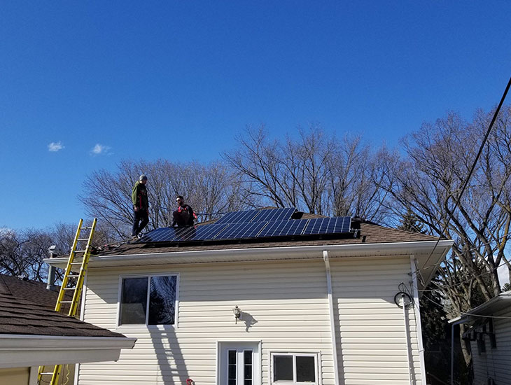 RESIDENTIAL SOLAR PROJECT | HEWITT RESIDENCE | EDMONTON, AB